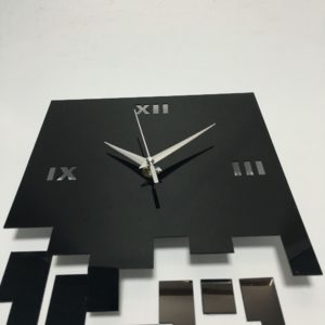 reloj_negro_espejo